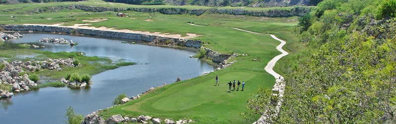 You will love playing at the Quarry Golf Club!